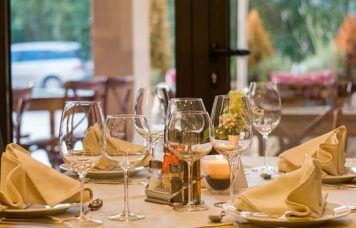 servciii catering si restaurant TVA 5%