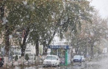 Primii fulgi de zapada Romania